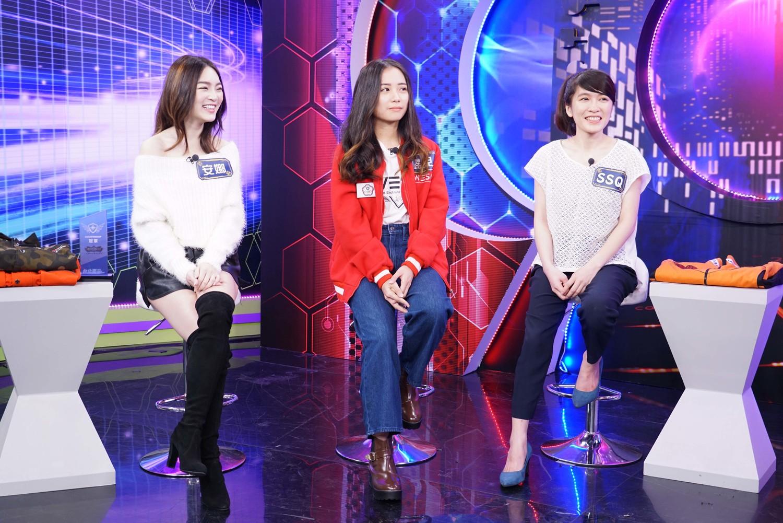 左起:NVM戰隊經理安娜、射擊遊戲《CSGO》台灣女子選手蝶兒、知名玩家SSQ。
