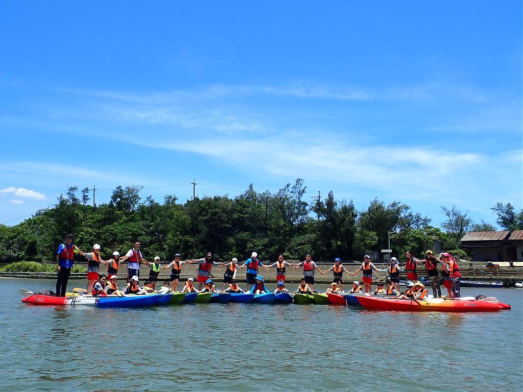 福隆雙溪河是屬於入門等級,淺嚐獨木舟經驗的好地點。圖:Tripbaa趣吧!旅遊平台/提供