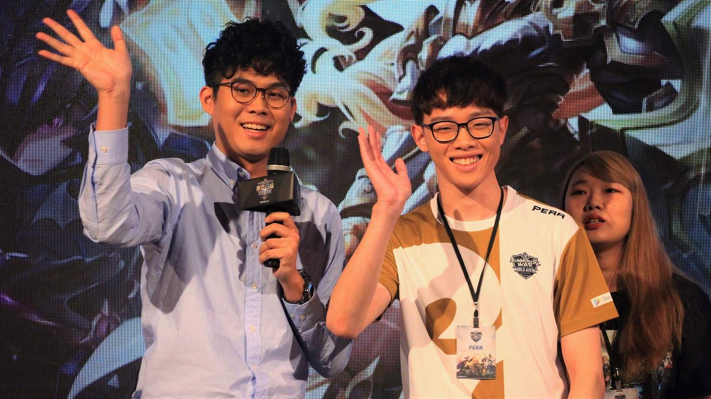 韓國選手Perr(右)連下兩城獲勝晉級