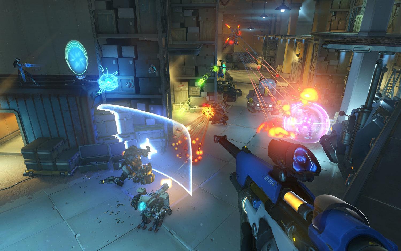 《鬥陣特攻》遊戲畫面。