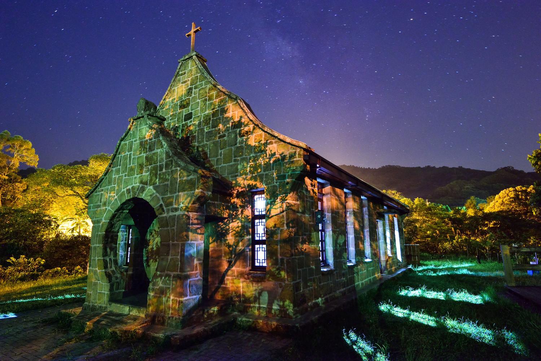 桃園基國派教堂由當地人一塊一塊石頭堆成,找遍全台灣也難找到第二座類似的教堂。 圖:謝佳真/攝