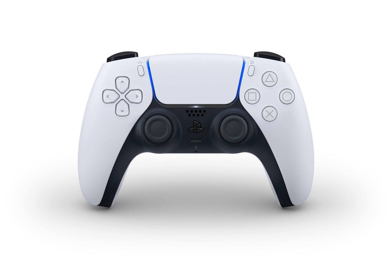 PS5控制器功能鍵配置與上一代大致相同,但在配色及細部功能則有翻新。 圖:翻攝自PlayStation_TW FB