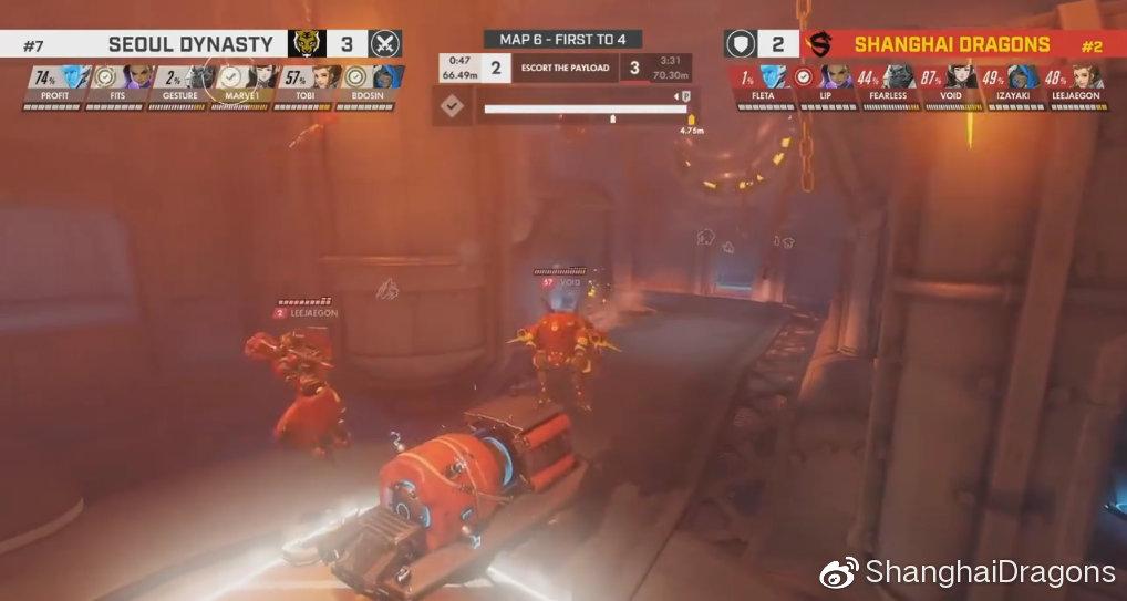 Fleta在國王大道終點前換上奪命女,竟成功狙掉首爾四名成員,化解對方扳平戰局的攻勢。 圖:翻攝自上海龍微博