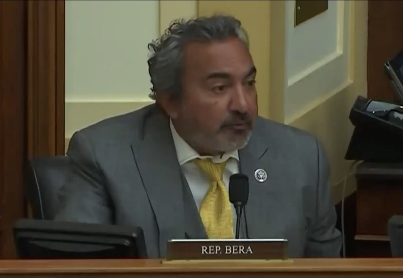 美國眾院外委會雅太小組領袖民主黨籍貝拉。 圖:翻攝自Ami Bera臉書