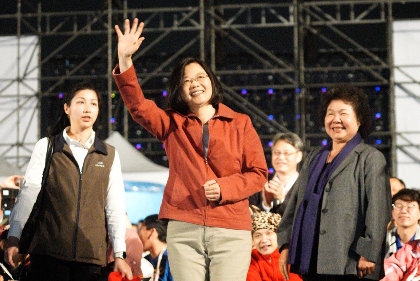 保皇黨放話,總統蔡英文若初選沒勝出,不惜脫黨競選。
