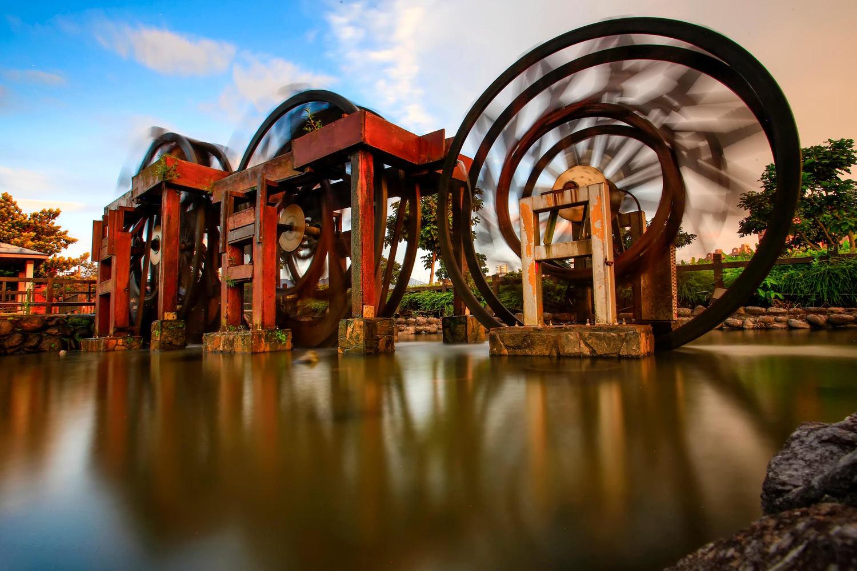 根德水車三連式水車在台灣相當稀有,是北海岸必經之路。 圖:新北市農業局/提供