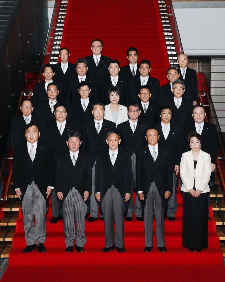 日本新任首相菅義偉率領新內閣於16日正式上任。 圖:擷取自菅義偉臉書