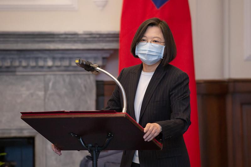 台灣在緊張的美中關係裡,成為了一張活牌,試圖找到最佳的平衡點。 圖:翻攝自總統府(資料照)