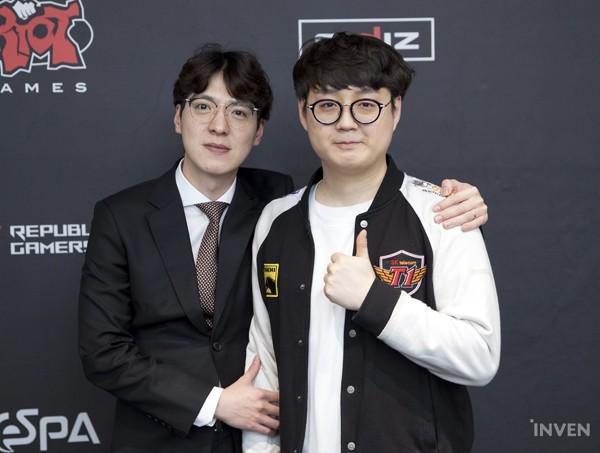 戰隊監督kkOma和輔助Mata接受了韓媒「inven」採訪。