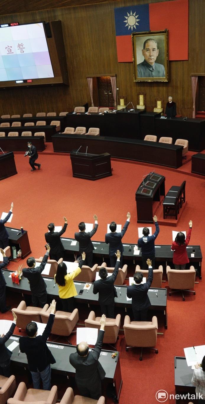 藍委批「不掛國父遺像」莊瑞雄:不需要再對圖騰進行崇拜