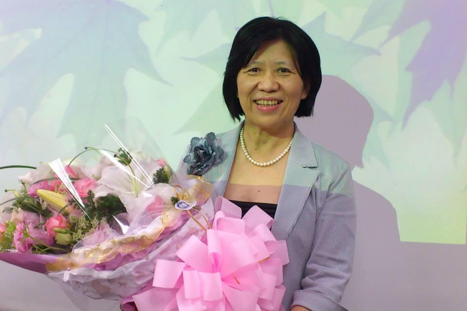 要如何協助孩子面對親人死亡的原則和技巧,臨床心理師、亞洲大學副校長柯慧貞提出十點建議。圖:翻攝自柯慧貞臉書