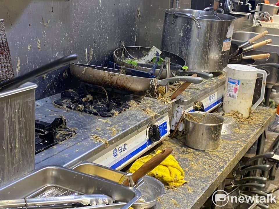 「保護傘」餐廳遭潑糞 <b>北市府</b>:柯已要求警察全力查辦