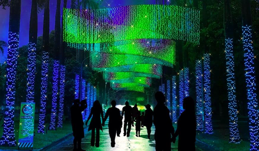 聖誕老人陪等公車!屏東聖誕節打造極光立體公車亭