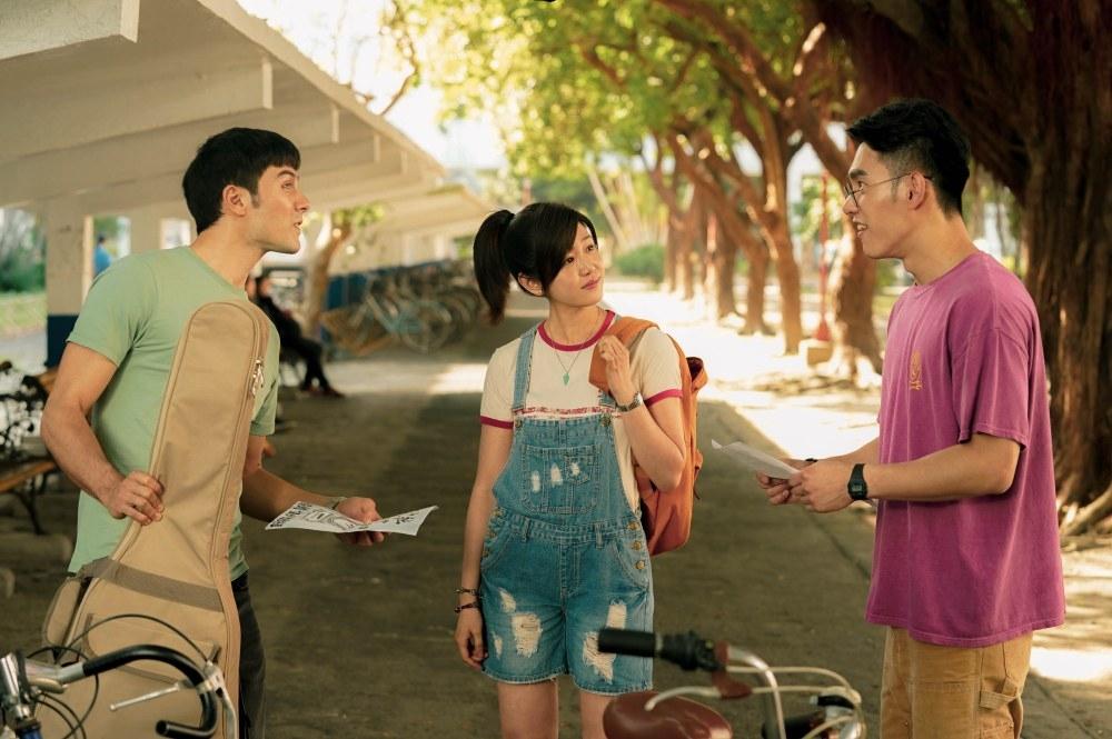 (影)《跟你老婆去旅行》陳庭妮怒摑鳳小岳9次巴掌鏡頭全刪光