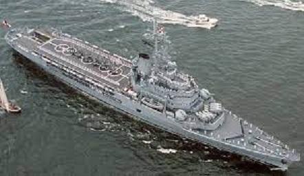 法國海軍貞德號直升機母艦,航程325萬公里。圖 : 翻攝自mdc.idv.tw