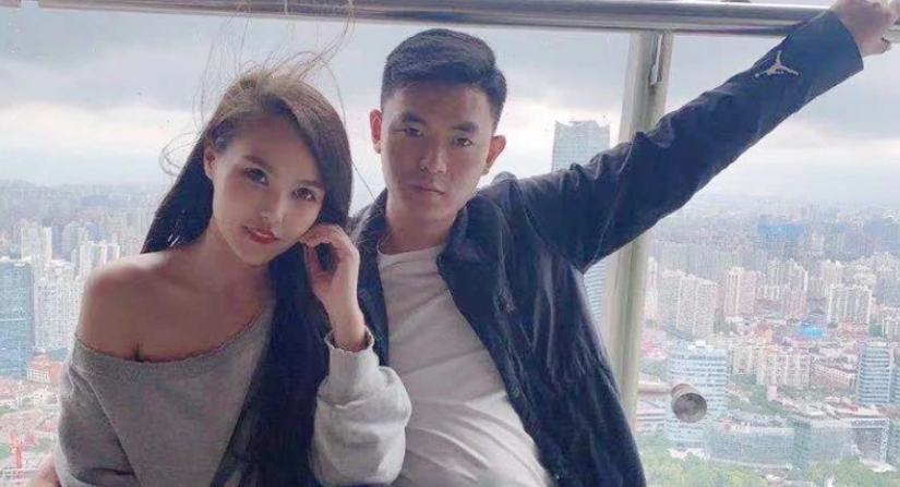 Zhang Jian and the woman surnamed Ye conspired to throw their little brother downstairs to death, pretending to be an accident.Picture: flipping Weibo