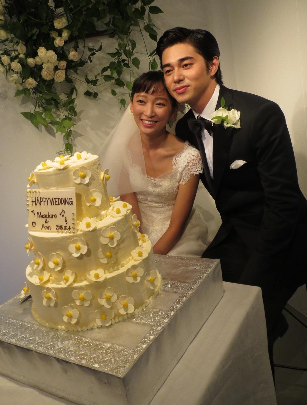 東出昌大因出軌與妻子渡邊杏於去年8月宣布離婚,3個小孩都由渡邊杏撫養。圖:翻攝自推特